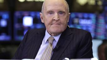 Jack Welch, der frühere Chef des US-Industriekonzerns General Electric, in einer Aufnahme von 2013 an der the New York Stock Exchange. (Archivbild)