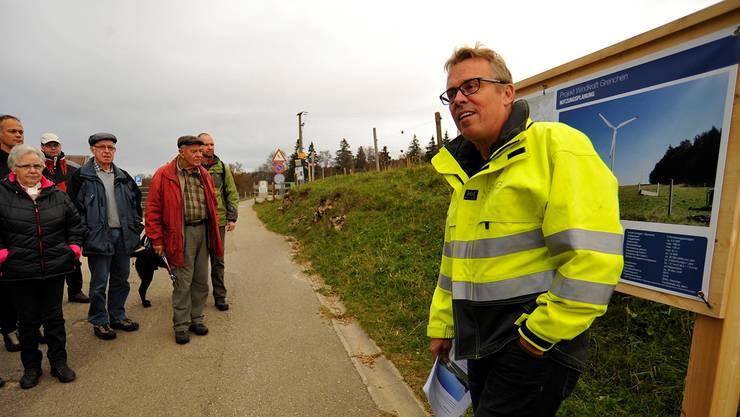 SWG-Direktor Per Just informierte die interessierte Bevölkerung im Detail über den geplanten Windpark auf dem Grenchner Hausberg.