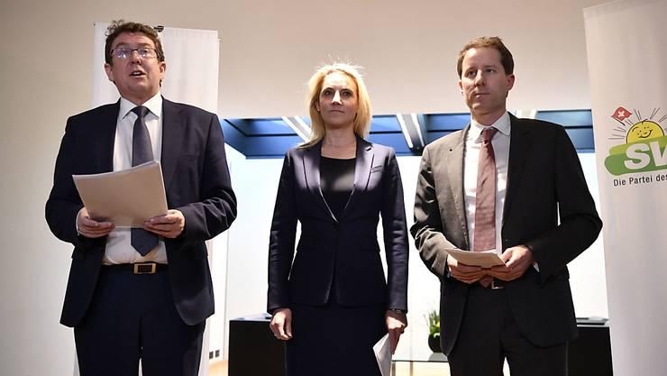 Die SVP ist geschlossen gegen das Rahmenabkommen. Dieses würde die Schweiz zerstören, sagte Parteipräsident Albert Rösti (links).