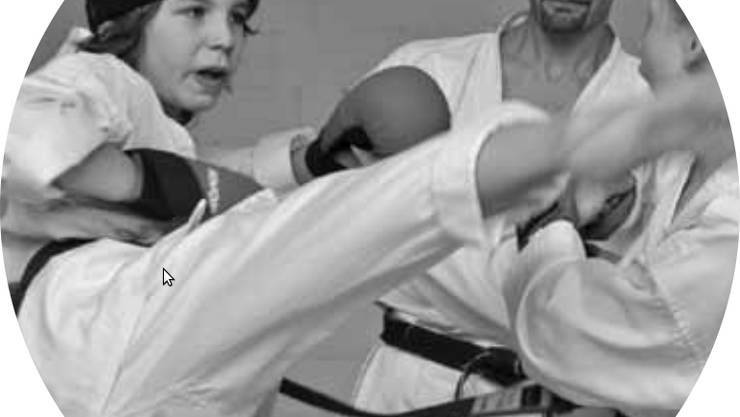 Trainingsszene bei DO Karate