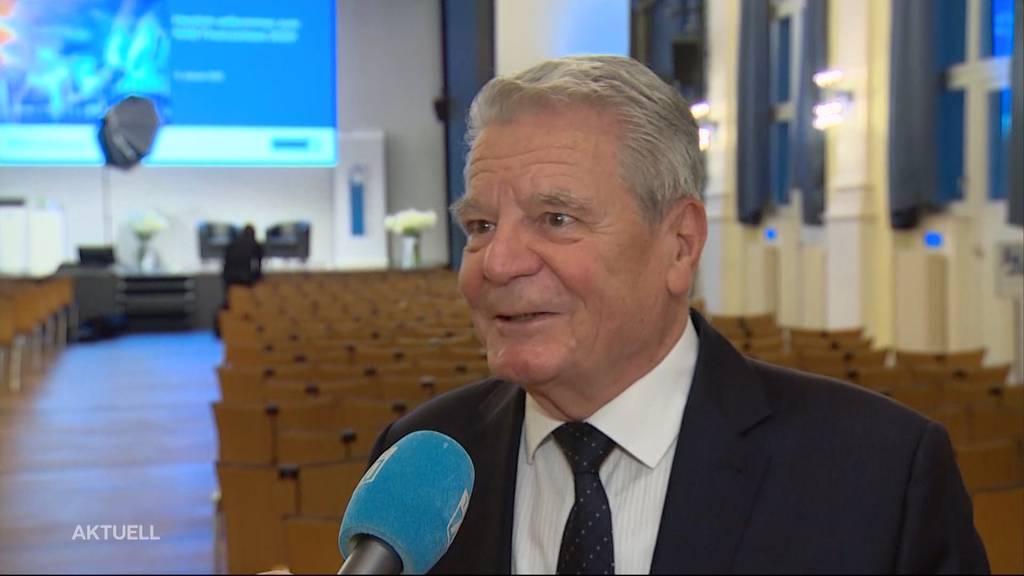 Joachim Gauck besucht Aarau