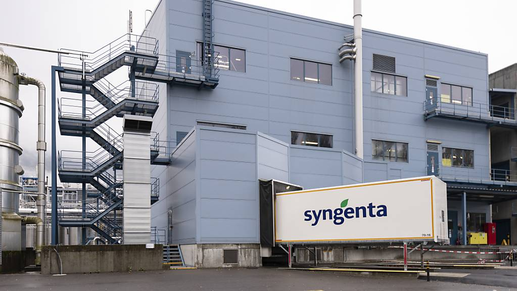 Beim Börsengang von Syngenta in China könnte es zu Verzögerungen kommen: Ein Werk des Konzerns in der Schweiz. (Archivbild)