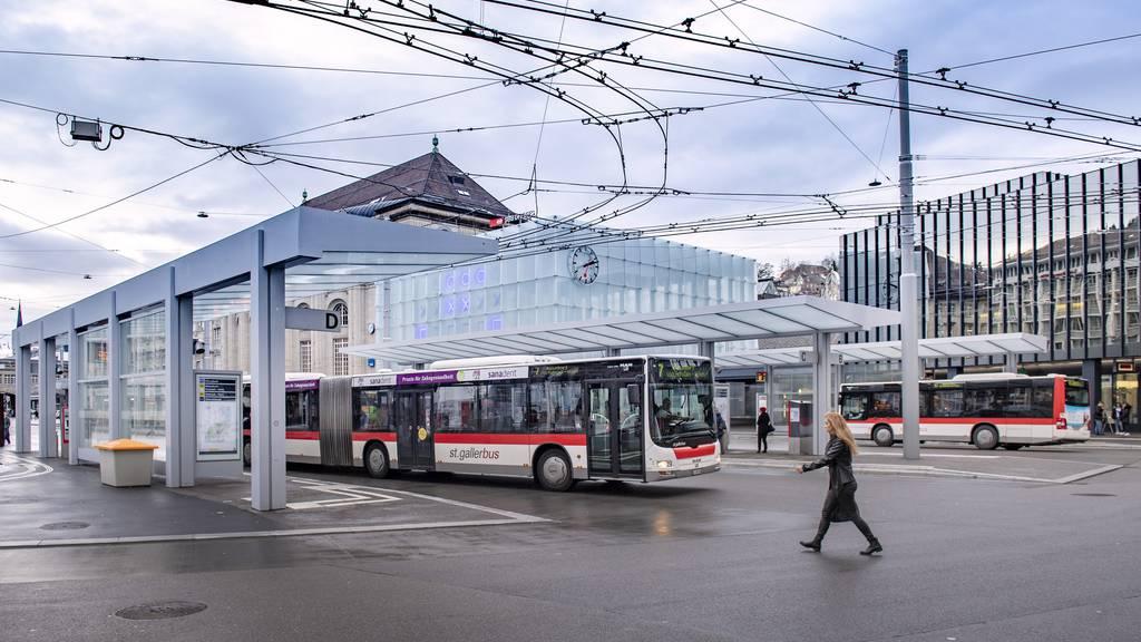 Kantonsangestellte – unter anderem in St.Gallen – können künftig von vergünstigten Ostwind-Abos profitieren. (Archivbild)