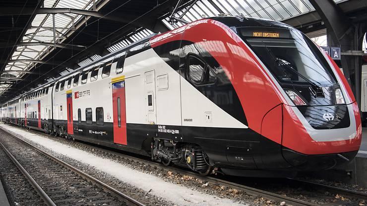 """Der neue Fernverkehr-Doppelstockzug der SBB """"FV-Dosto"""" ist in den Augen der Behindertenorganisationen gesetzeswidrig. (Archivbild)"""