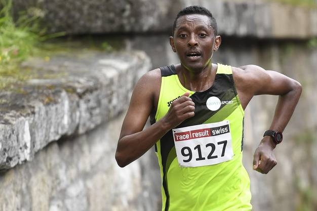 «Die Form fehlt noch, aber immerhin geht es wieder aufwärts», sagt Kadi Nesero nach seinem Sieg.