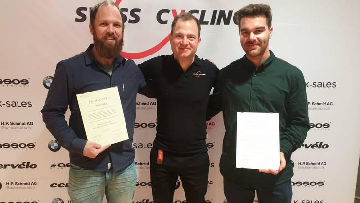 Vom Mountainbike-Guide zum -Lehrer aufgestiegen: der Trimbacher Dominik Hug (links).