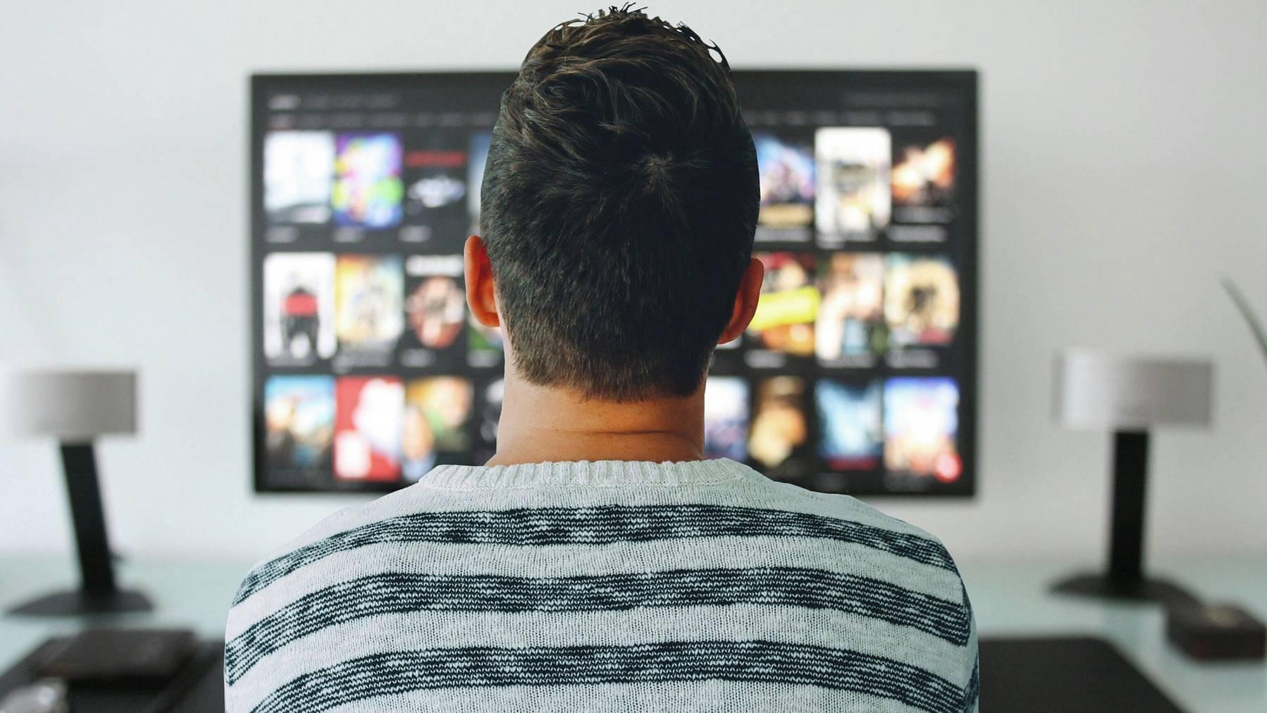 Netflix versorgt uns mit immer mehr Dokumentationen – und verstösst dabei immer wieder gegen journalistische Grundsätze.