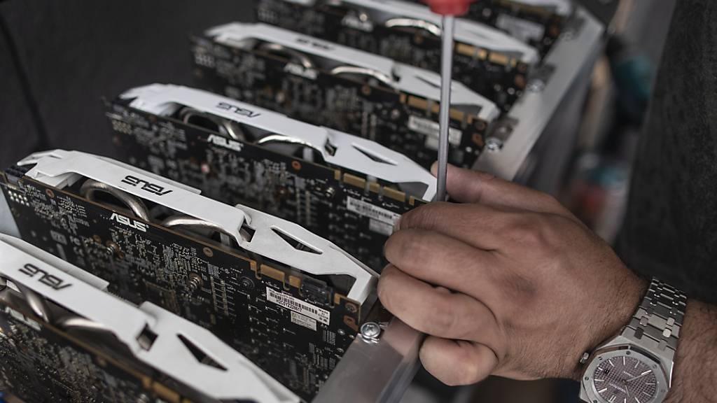 Hacker stehlen bis zu 600 Millionen Dollar in Kryptowährungen