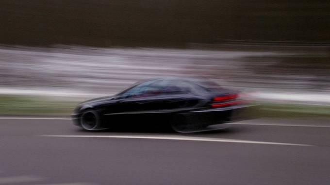 Der 29-Jährige war mit 134 km/h statt der erlaubten 60 km/h unterwegs.