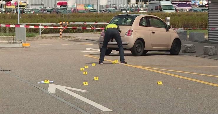 Nach der Tat: Die Polizei sichert die Spuren