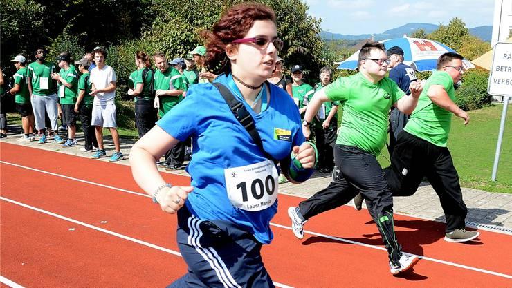 Der 60-Meter-Lauf war bei den Teilnehmenden am Behindertensporttag besonders beliebt.