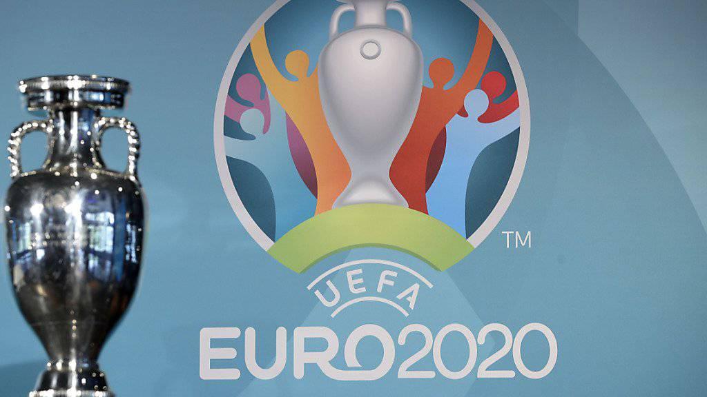 Die Europameisterschaft 2020 wird vom 12. Juni bis 12. Juli in zwölf verschiedenen Städten ausgetragen. Ab Mittwoch können bei der UEFA Tickets erworben werden