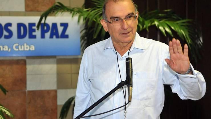 Als Chefunterhändler der Regierung hat er den Friedensvertrag mit der linken Guerillaorganisation FARC ausgehandelt. Jetzt will Humberto de la Calle der nächste Präsident von Kolumbien werden. (Archivbild)