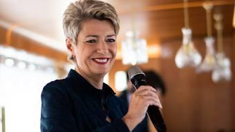 Bundesrätin Karin Keller-Sutter (FDP) auf der «MS Säntis» an ihrer 100-Tage-im Amt-Medienkonferenz im Romanshorner Hafen.