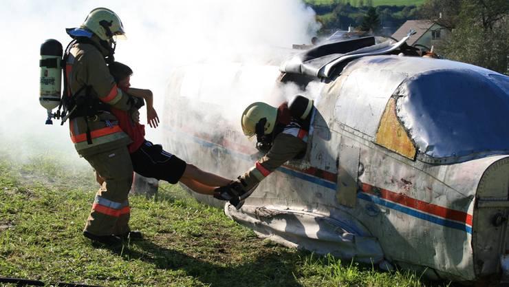 Insgesamt 20 Opfer mussten die Einsatzkräfte retten.