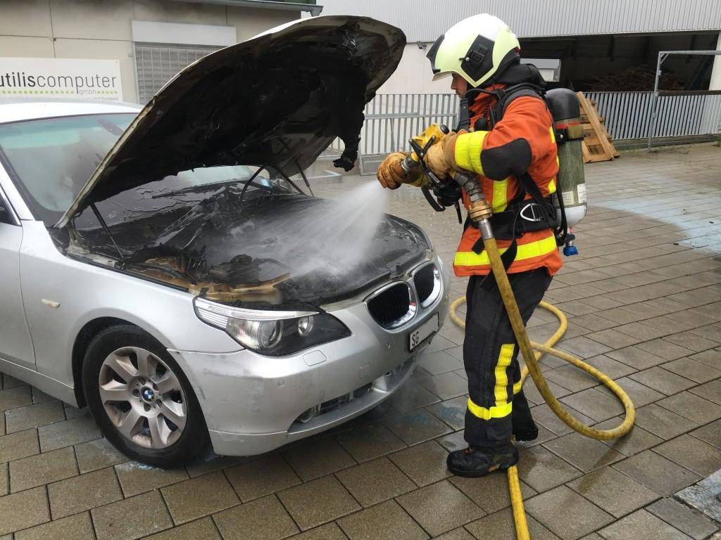 Autobrand in Winkeln (© FM1Today/Raphael Rohner)