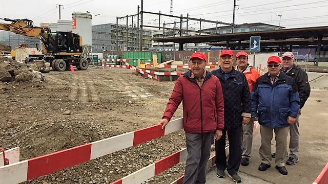 Baustelle vis a vis Bahnhof Dietikon.