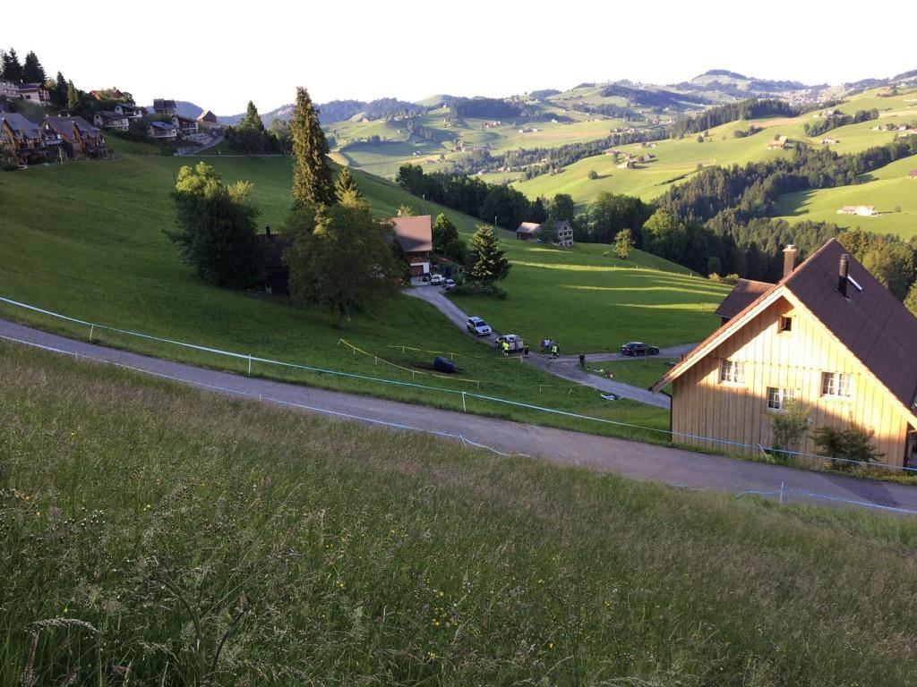 Bilder der Unfallstelle am Bergrennen Hemberg (© FM1Today)