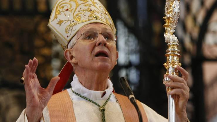 19. Mai: Der frühere Churer Bischof Amédée Grab ist verstorben. Grab verschied im Alter von 89 Jahren in Roveredo im südbündnerischen Misox. Er war im Februar 2007 nach achteinhalb Jahren als Oberhirte der Diözese Chur altershalber aus dem Bischofsamt ausgeschieden.