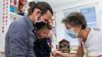 Basler Forscher haben einen neuen Ansatz für länger wirksame Grippeimpfungen entdeckt. (Symbolbild)