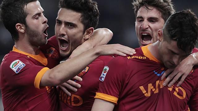 AS Roma mit spätem Tor zum 2:2 gegen Napoli.