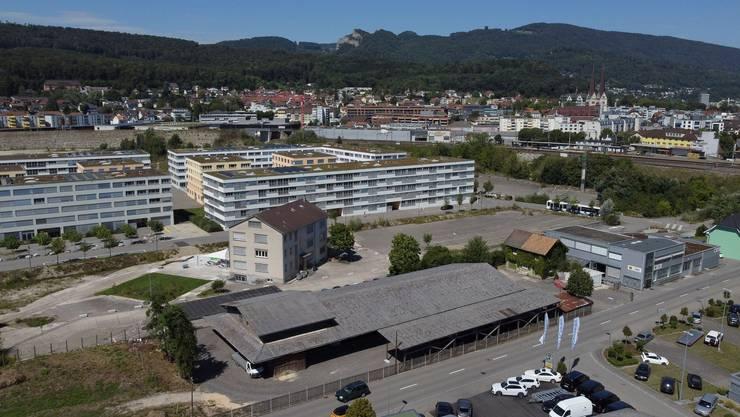 Der Gebäudekomplex des alten Forstwerkhofs der Bürgergemeinde im Vordergrund, die mit ihrem Grundstück an Olten Südwest angrenzt.