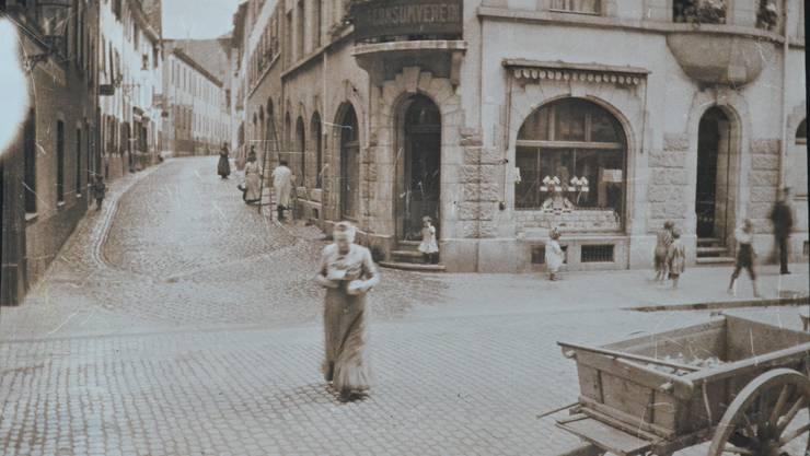 Und so sah das früher aus: Der ehemalige Consum an der Ecke Rheingasse/Schafgsässlein.