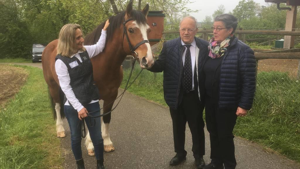 Schneider-Ammann ist aufs Pferd gekommen