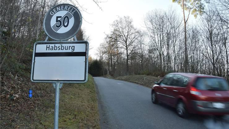 Heute weist die Habsburgstrasse stellenweise eine Breite von lediglich 4,7 Metern auf. Vorgesehen ist ein Ausbau auf einheitlich 5,5 Meter. mhu