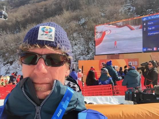 Jürg Baur als Spotter unterwegs im Zielraum der Ski-alpin-Rennen.