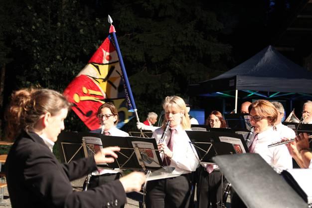 Die Aescherinnen und Aescher wurden unter anderem unterhalten von der Harmonie Birmensdorf.