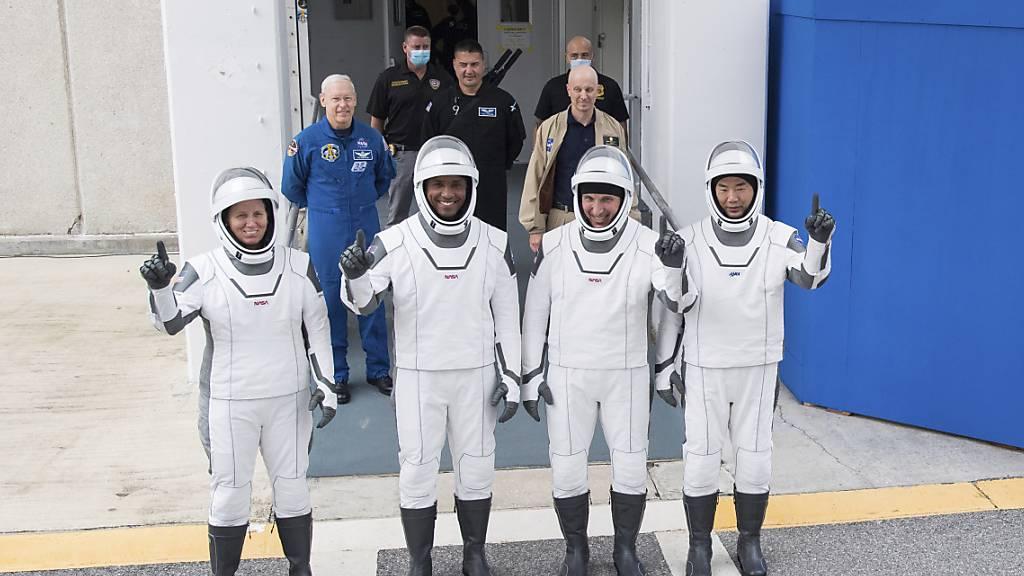 Start von SpaceX-Rakete zur ISS auf Sonntag verschoben
