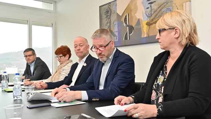 Abstimmungsinfos Budgetabstimmung Stadtrat Olten 2019 mit Markus Dietler, Benvenuto Savoldelli, Iris Schelbert, Martin Wey, Thomas Marbet und Marion Rauber