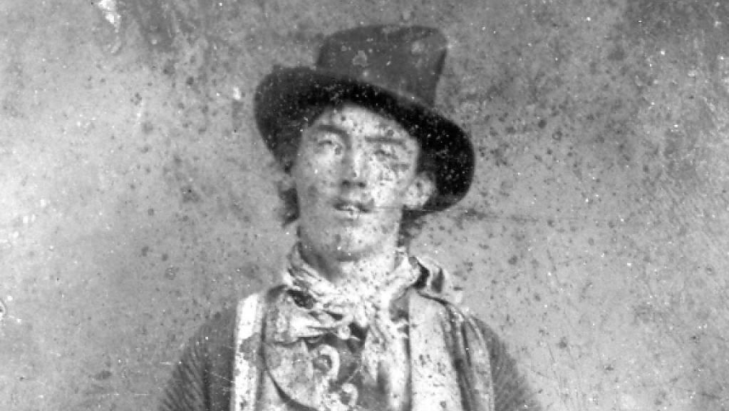 Der Revolverheld Billy The Kid, der als Henry McCarty geboren wurde und sich auch William Bonney nannte, starb im Alter von 21 Jahren. Auf der Flucht vor seiner Hinrichtung wurde er von einem Sheriff erschossen. (Archivbild)