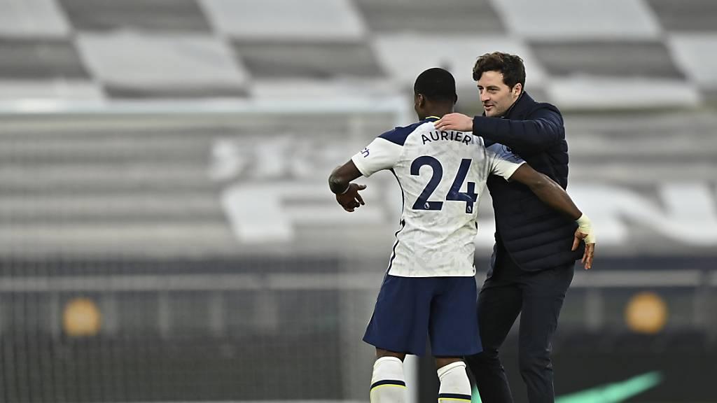 Masons Einstand als Tottenham-Coach glückt