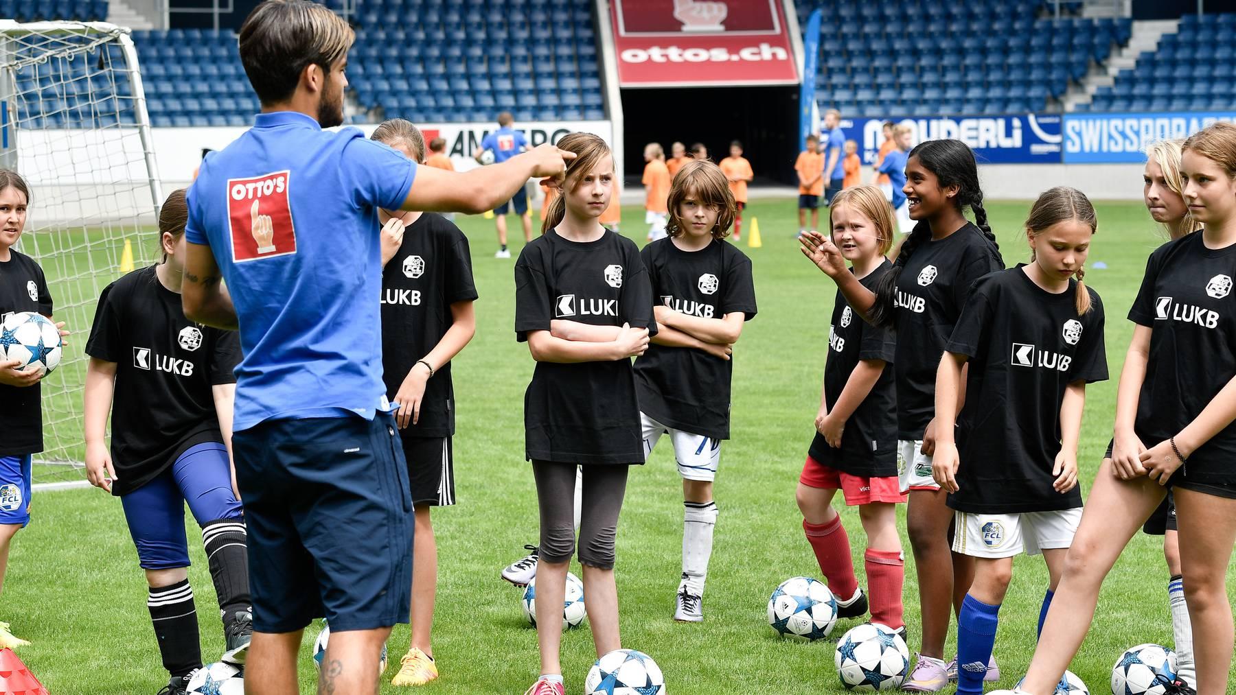FCL-Saisoneröffnung: Gewinne Plätze für das Kids-Training