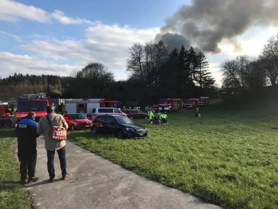 Mehrere Feuerwehren standen im Einsatz.