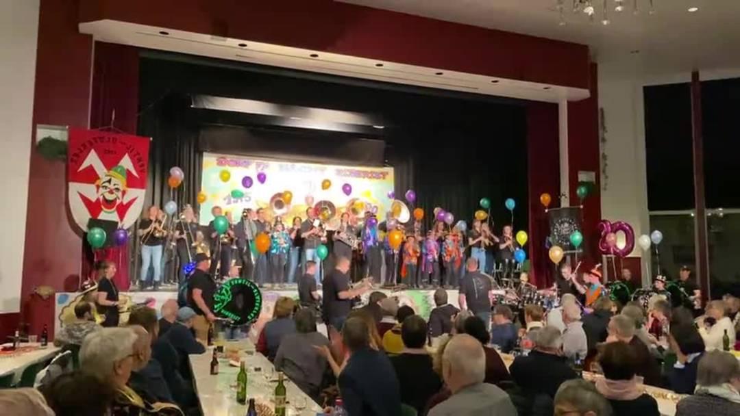Die Note-Tschauper spielen gemeinsam mit den Ventil-Blöterler am Hilari 2020 in Biberist.