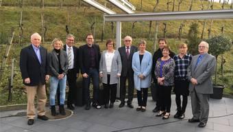 Gruppenbild der letzten elf Mitglieder der Weinbaugenossenschaft Küttigen am Tag der Auflösung Ende Februar 2019.