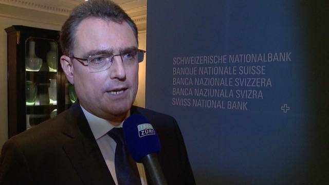 Nach Euro-Schock: SNB verteidigt Finanzstrategie