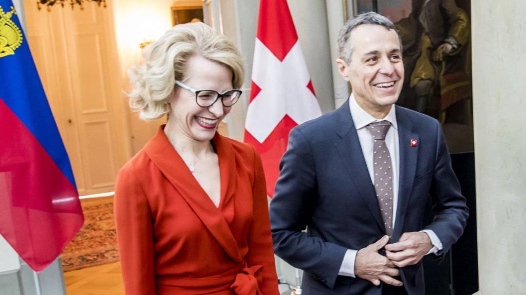 Innige Beziehungen: Liechtensteins Aussenministerin Aurelia Frick und ihr Schweizer Amtskollege Ignazio Cassis nach dem Arbeitstreffen in Bern.
