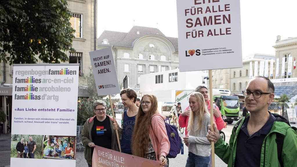 «Ehe für alle» muss Aktion in Bern absagen