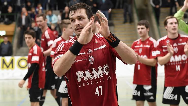 Aarau, 27.11.2016. Sport, Handball NLA 2016/2017. HSC Suhr Aarau - HC Kriens. Jubel bei Patrick Strebel (Mitte) und seinen Kollegen. Copyright by: foto-net / Alexander Wagner Handball, NLA: HSC Suhr Aarau - HC Kriens