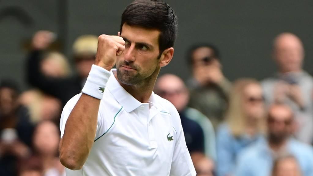 Entschlossen vorwärts: Novak Djokovic strebt in Wimbledon seinen 20. Grand-Slam-Titel ab.