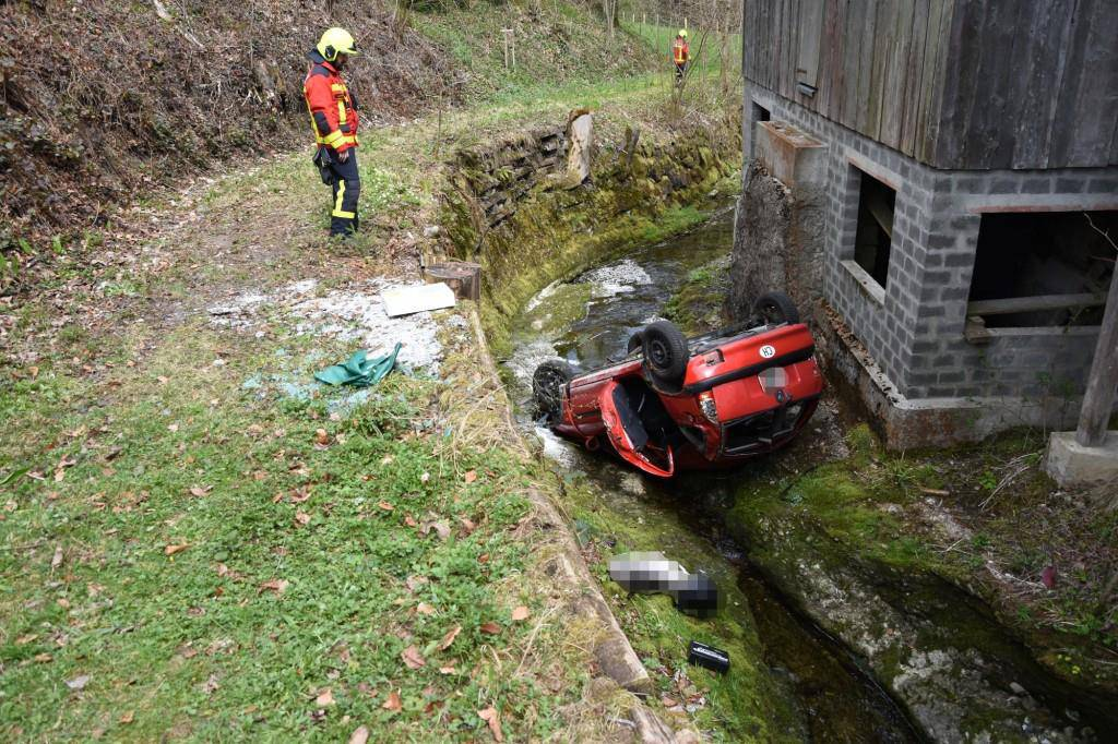 Selbstunfall in Degersheim (© Kapo SG)