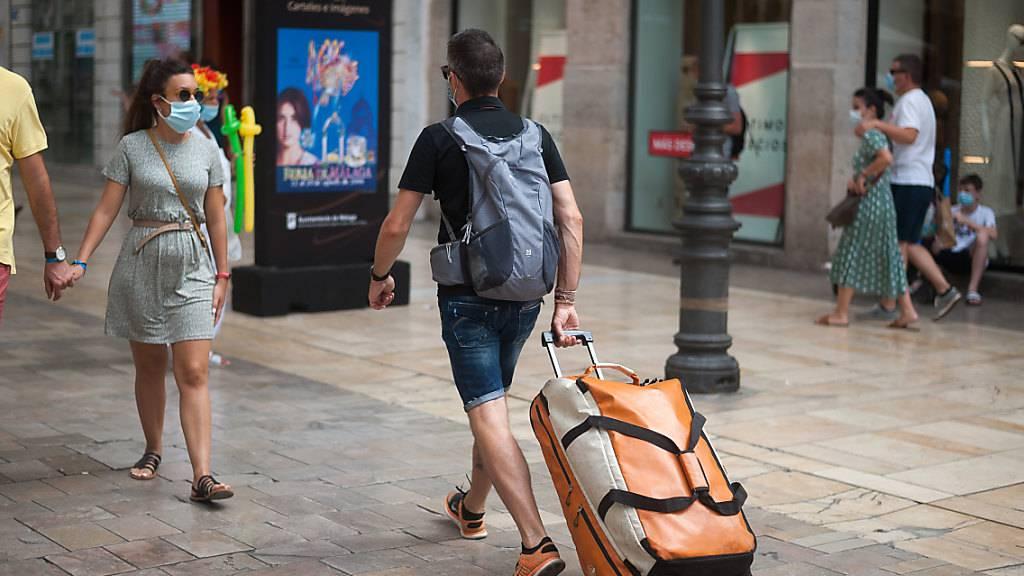 Auch Österreich verhängt Reisewarnung für spanisches Festland