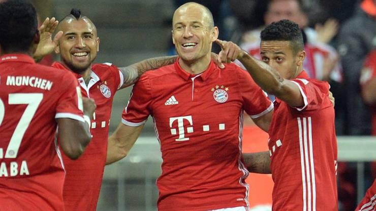 Rückkehrer Arjen Robben beseitigte bei seinem Comeback mit seinem Tor zum 3:0 die allerletzten Zweifel am Heimsieg der Münchner