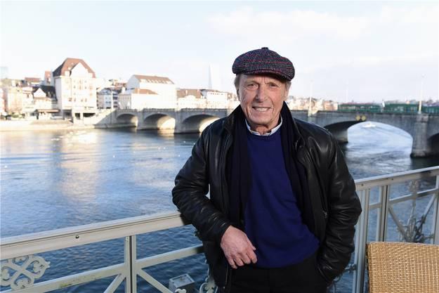 Claus Theo Gärtner auf der Terrasse des Hotels Les Trois Rois. Wenn er mit seiner Ehefrau Sarah in Basel ist, wohnt er im St. Johann. Juri Junkov