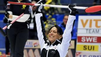 Fünf Medaillen an internationalen Meisterschaften: Carmen Schäfer ist die statistisch erfolgreichste Curlerin aus dem Limmattal. Hier nach dem Gewinn des EM-Finals 2008 gegen Schweden.