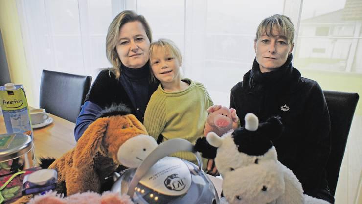 Freuen sich auf die Festtage: Sandra Mahrer (rechts), ihre Tochter Rebecca und Schwester Brigitte.